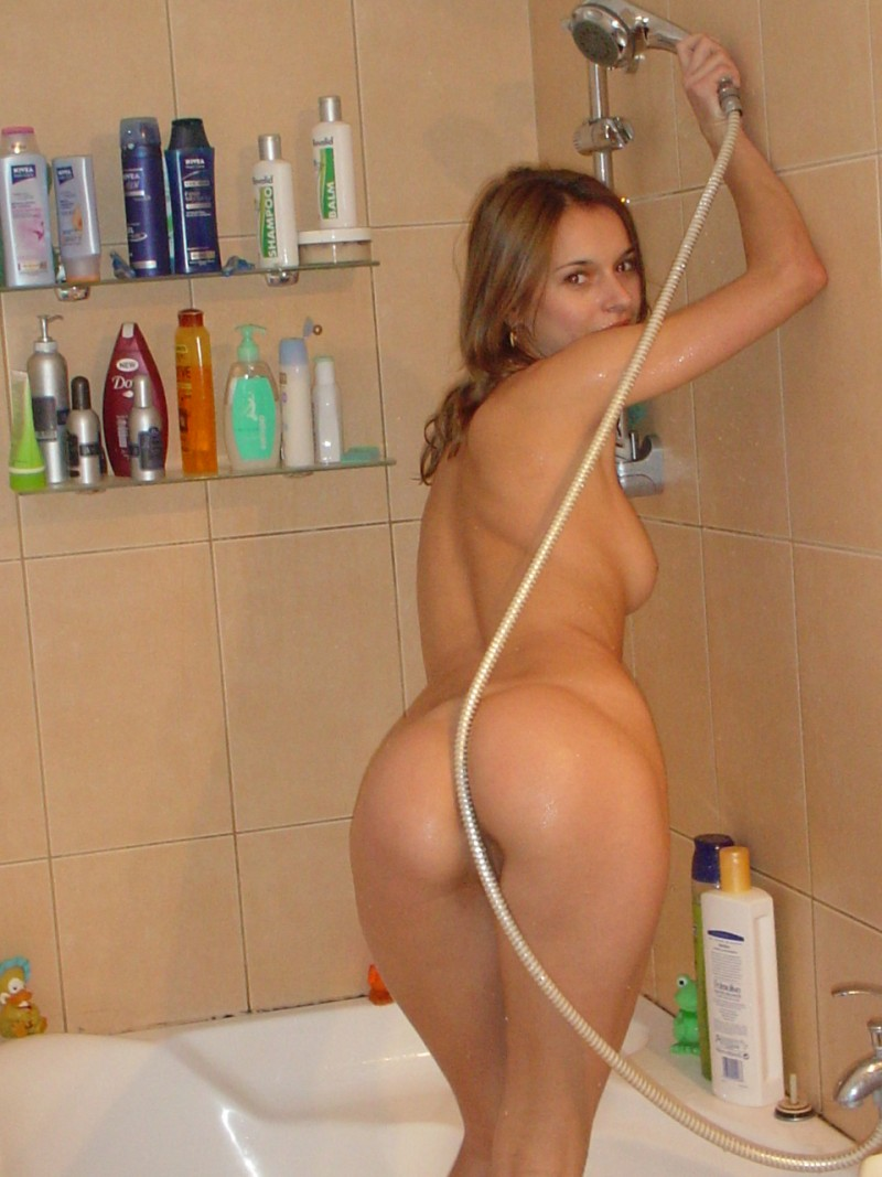 pics wife nude at home
