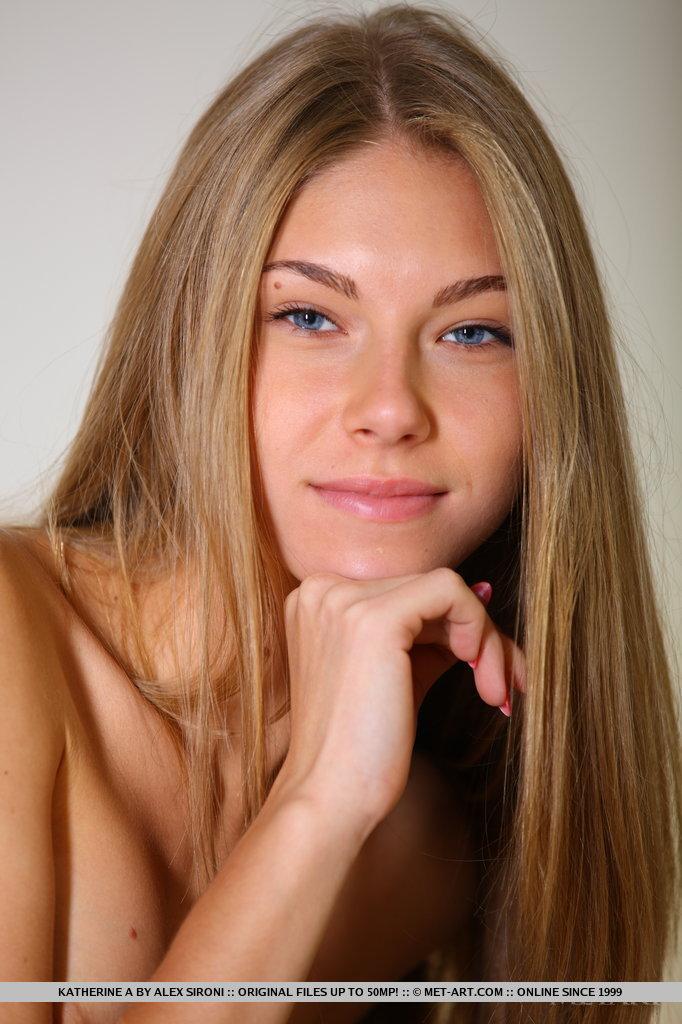 katherine-a-skinny-nude-metart-18