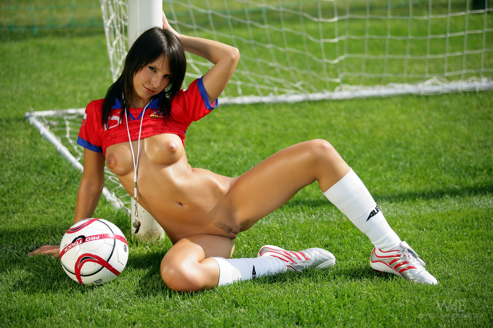monika-vesela-nude-football-watch4beauty-14