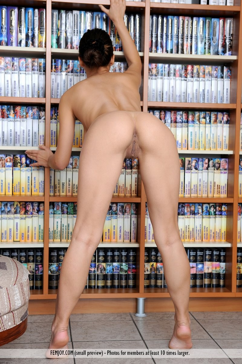 sofie-library-boobs-naked-femjoy-03