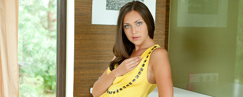 Sophia in yellow dress