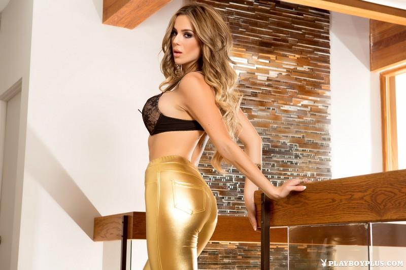 sophia-presley-gold-leggings-naked-playboy-03