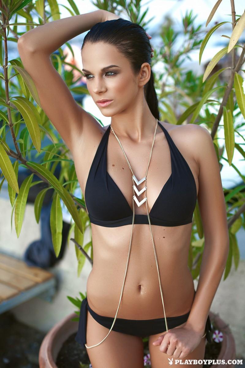 sophie-black-bikini-nude-playboy-06