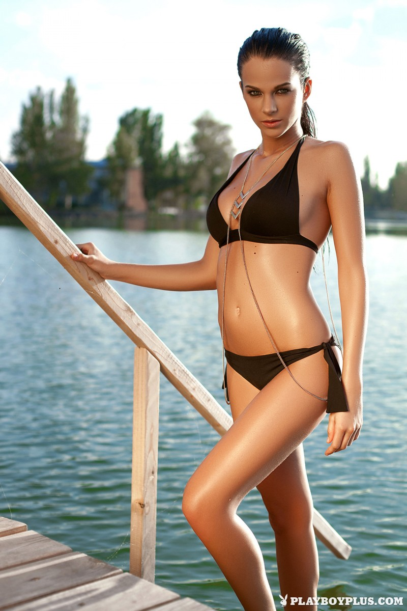 sophie-black-bikini-nude-playboy-10