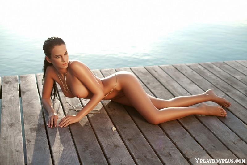 sophie-black-bikini-nude-playboy-24