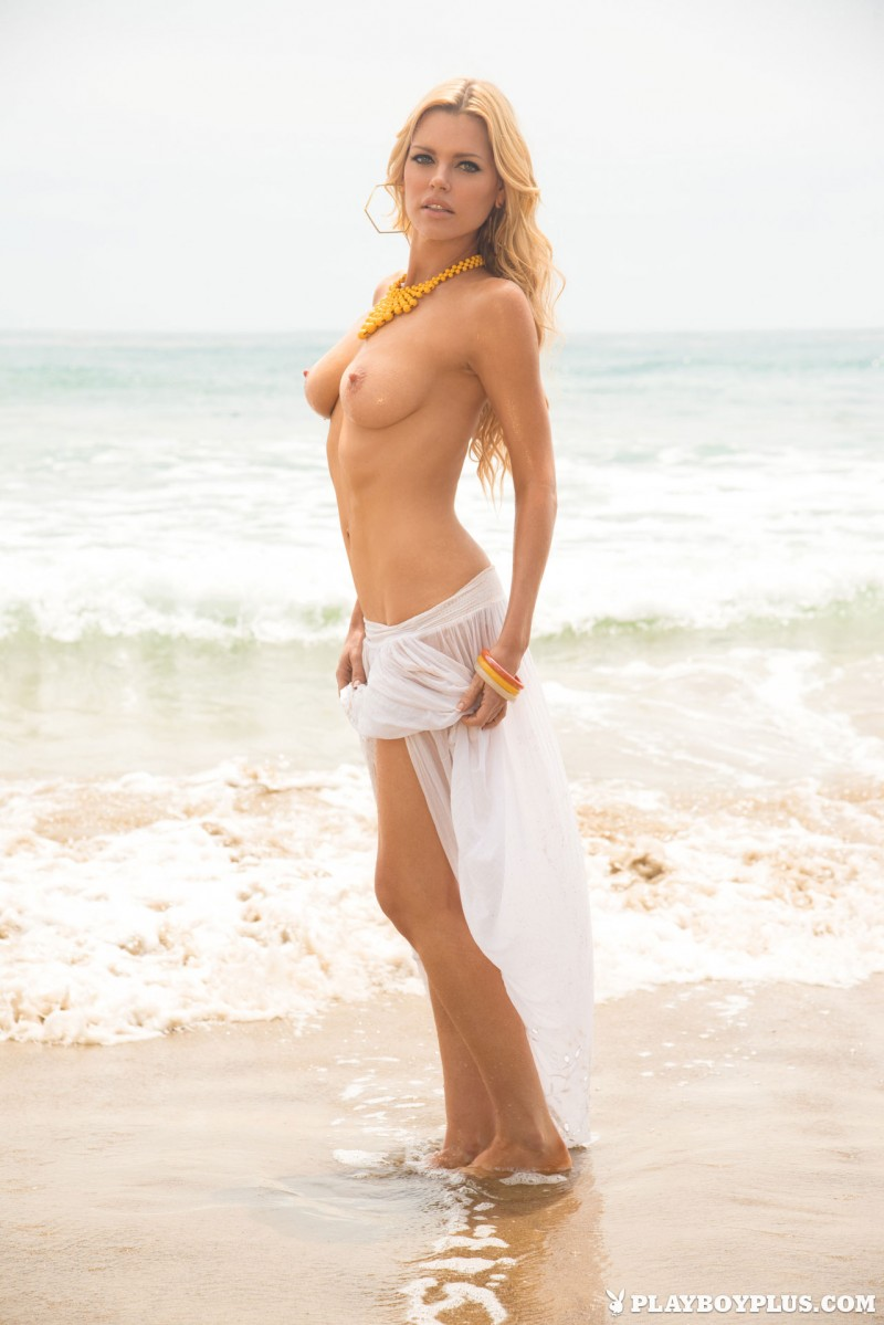 sophie-monk-nude-blonde-playboy-05