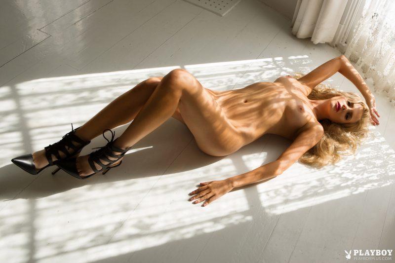 stephanie-branton-night-pool-nude-playboy-14