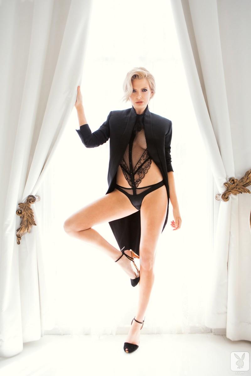 stephanie-branton-nude-playboy-05