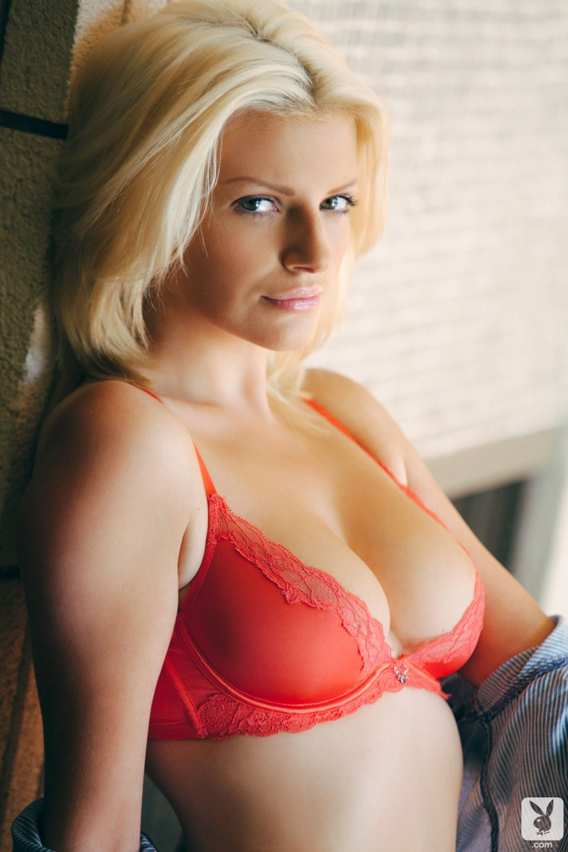 stephanie-branton-coed-playboy-06