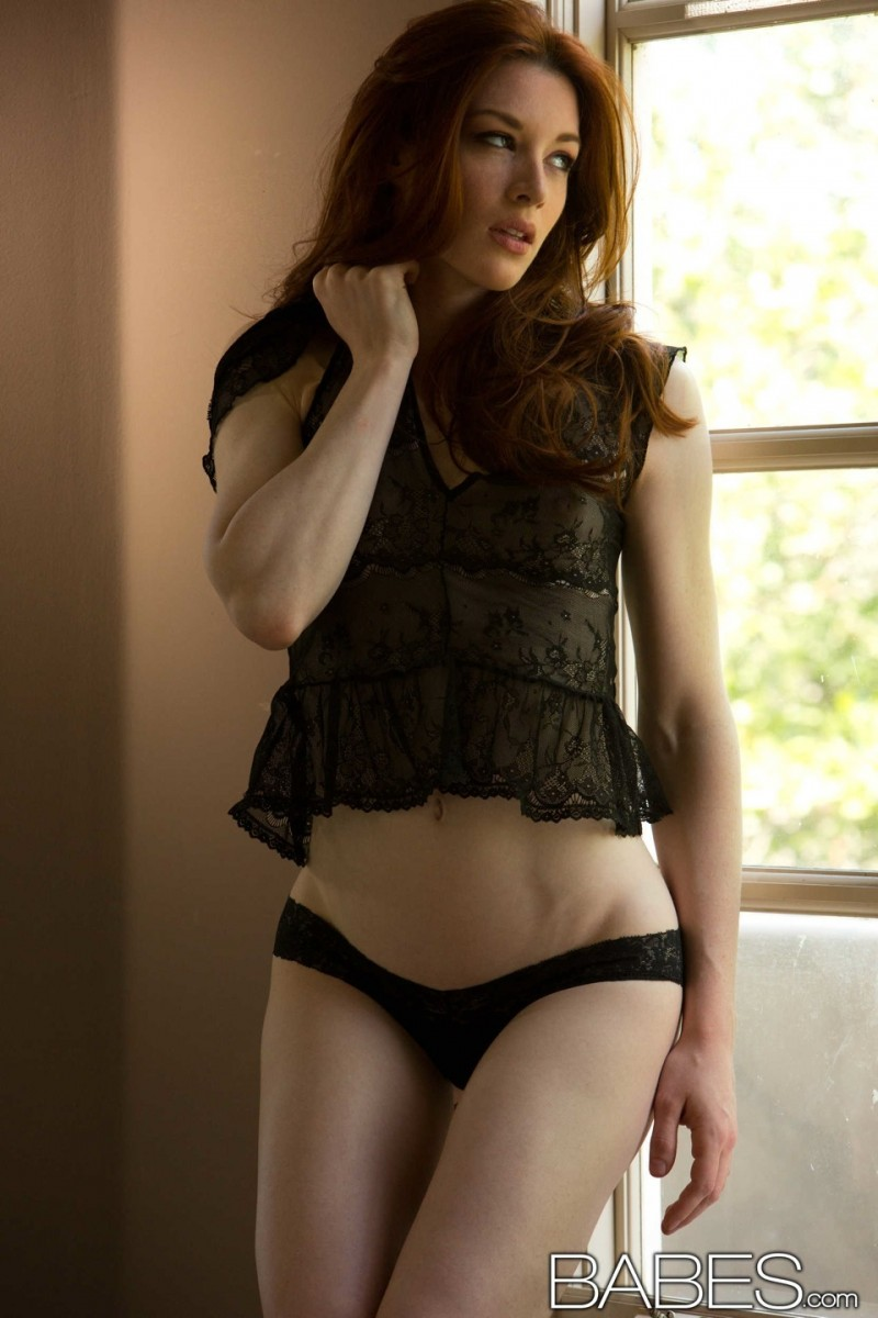 stoya-black-nighty-babes-01