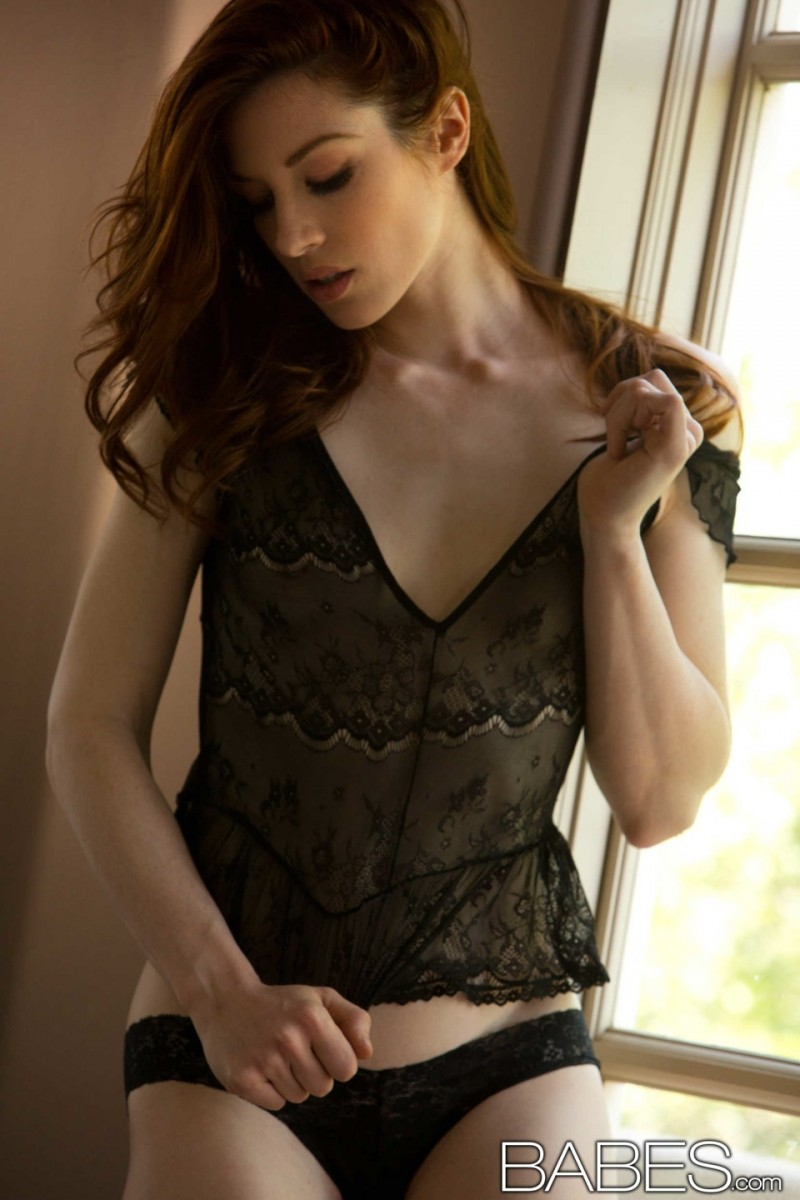 stoya-black-nighty-babes-04