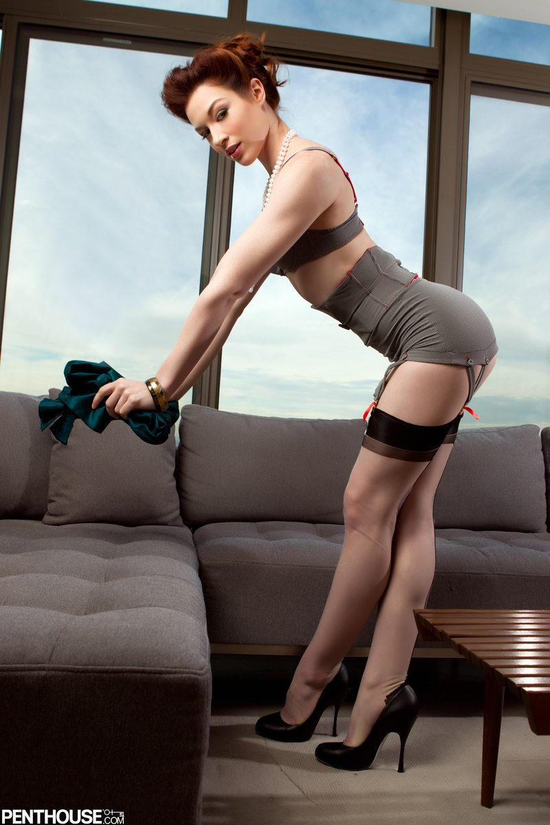 stoya-nude-stockings-penthouse-02