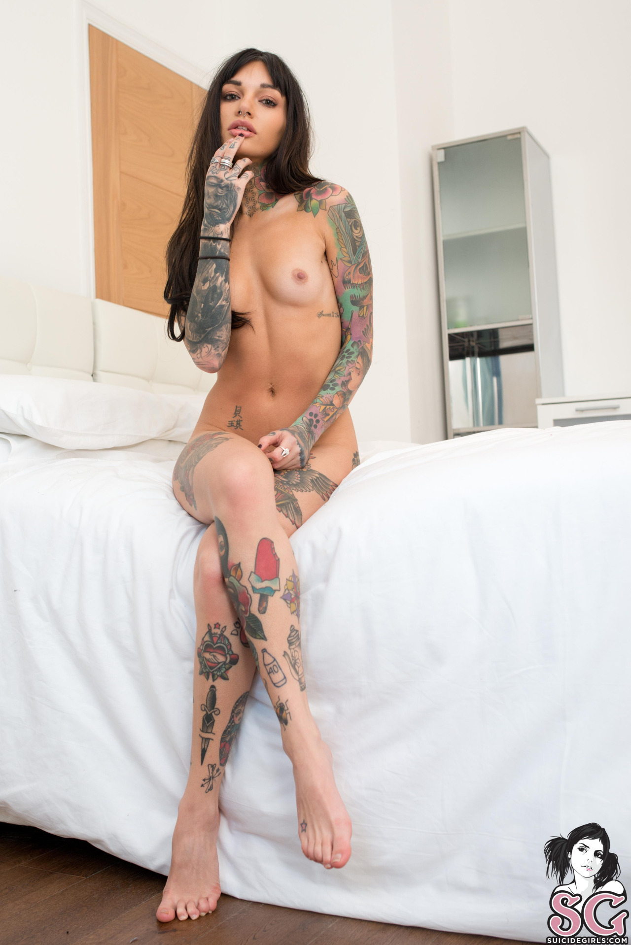 suicide-girls-mix-nude-tattoos-vol8-53