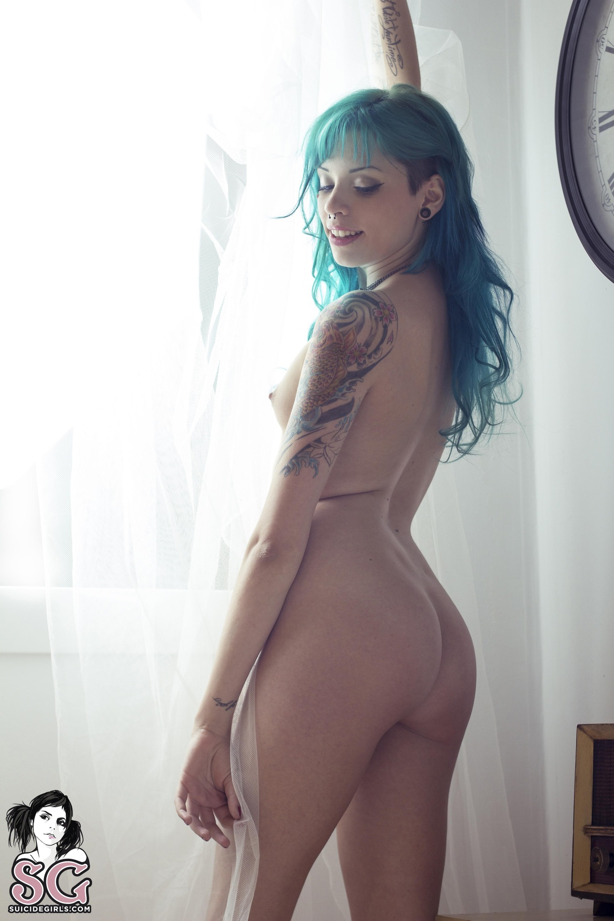 suicide-girls-mix-nude-tattoos-vol8-92