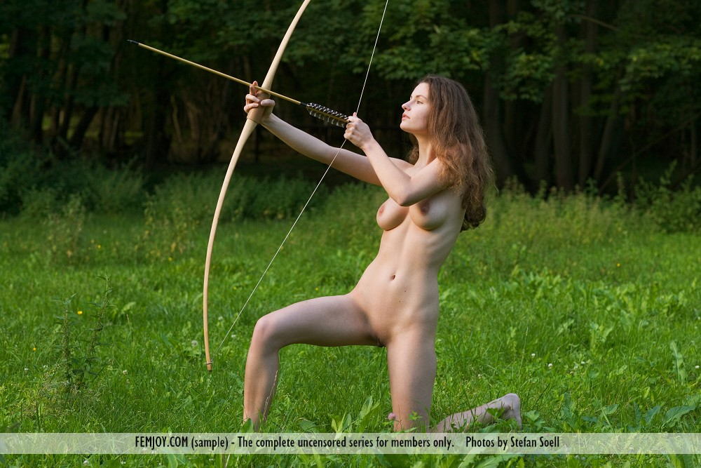 susann-boobs-naked-archer-femjoy-04