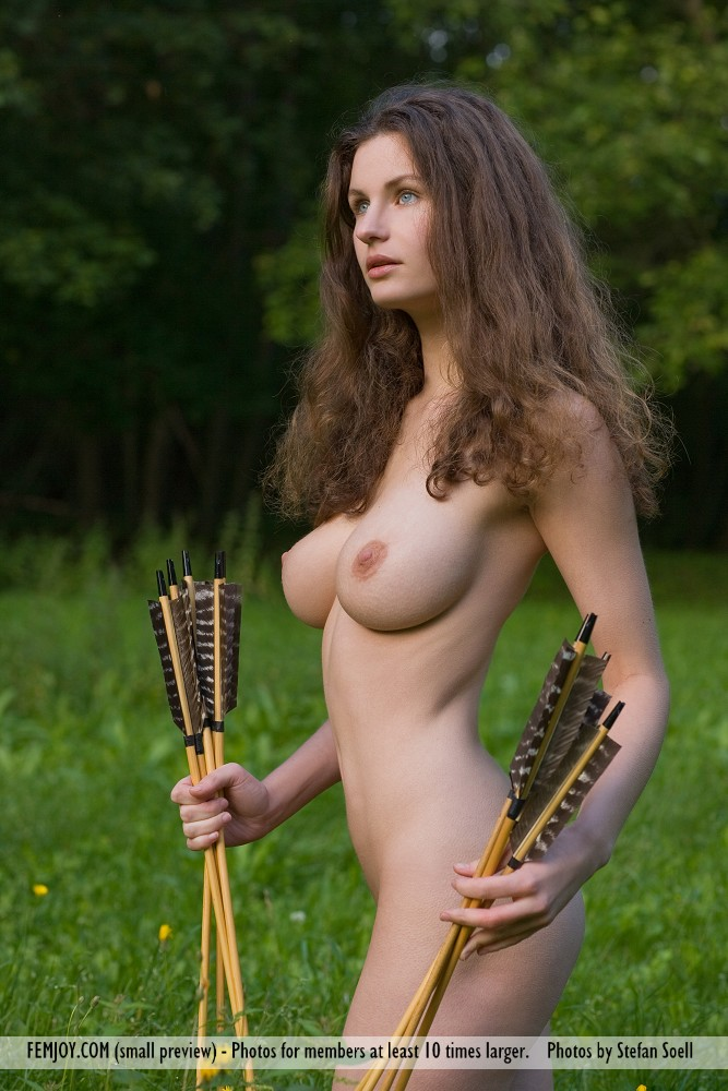susann-boobs-naked-archer-femjoy-07