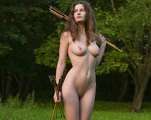 susann-boobs-naked-archer-femjoy