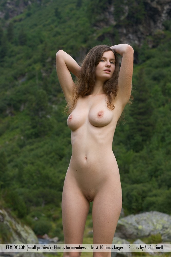 susann-nude-mountains-boobs-femjoy-01