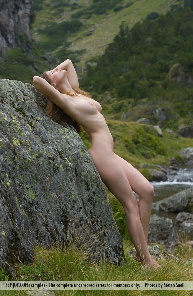 susann-nude-mountains-boobs-femjoy-04