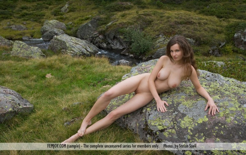susann-nude-mountains-boobs-femjoy-06