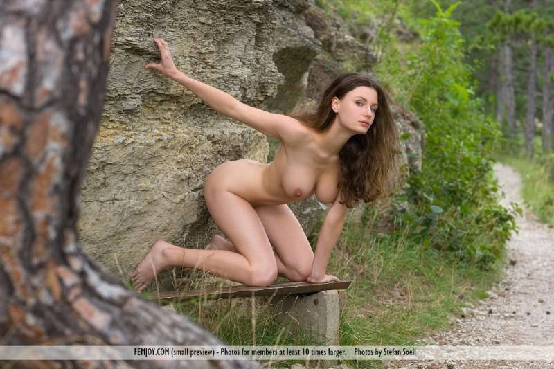 susann-woods-naked-femjoy-11
