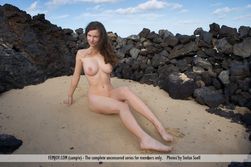 susann-volcanic-beach-naked-femjoy-02