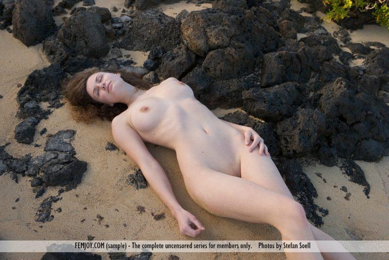 susann-volcanic-beach-naked-femjoy-06