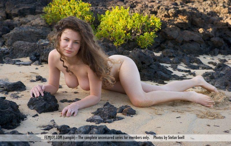susann-volcanic-beach-naked-femjoy-08