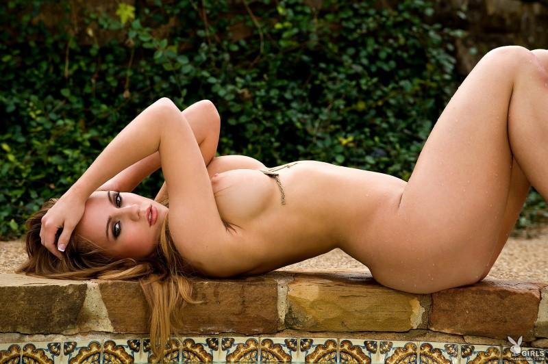 sydney-barlette-bikini-playboy-33