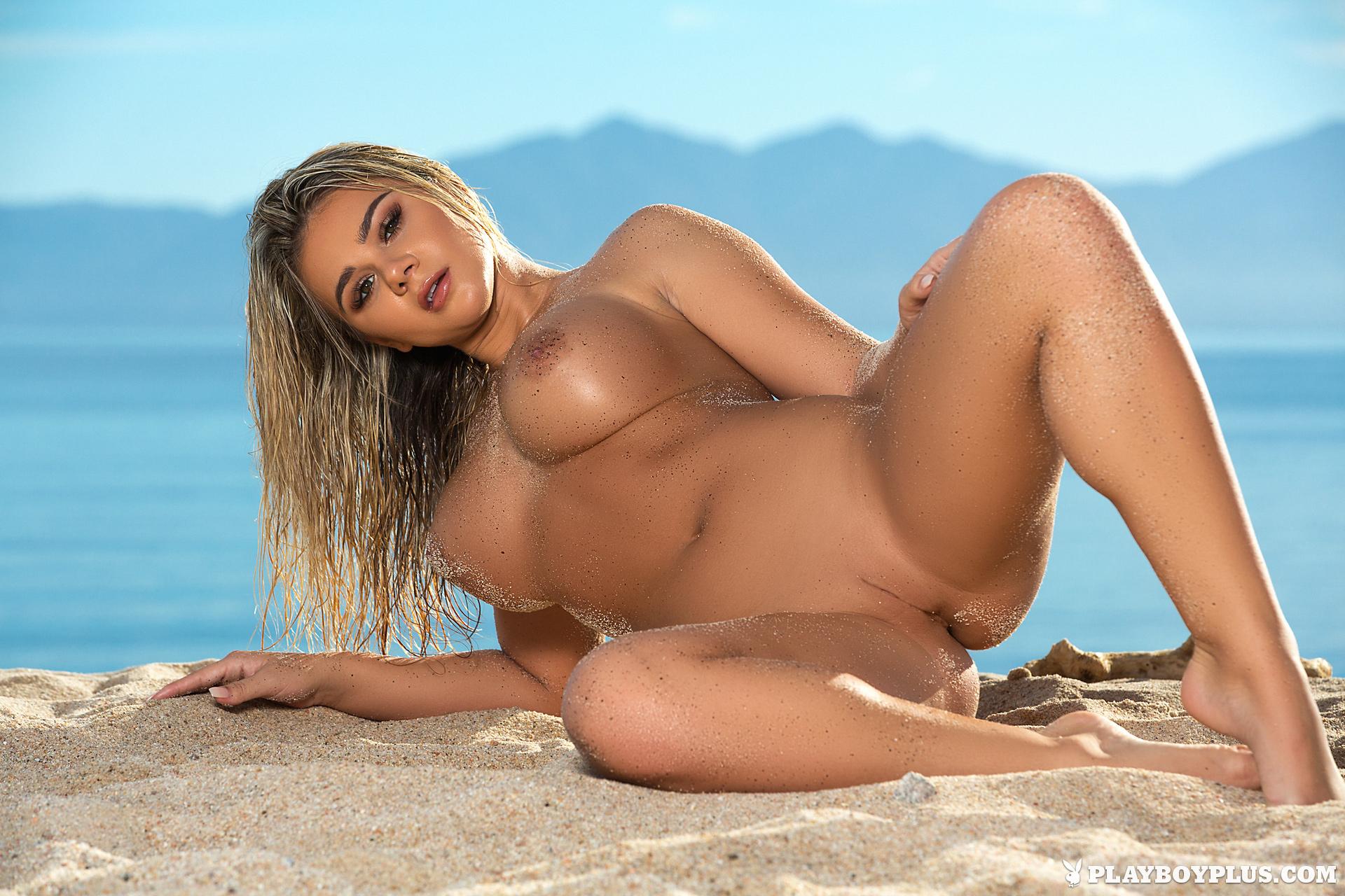 tahlia-paris-beach-bikini-seaside-boobs-blonde-playboy-20