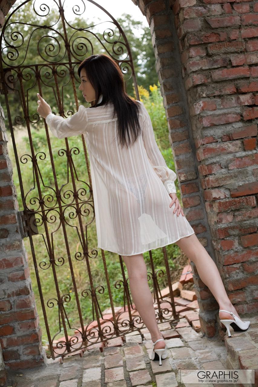 takami-hou-transparent-shirt-asian-naked-graphis-01