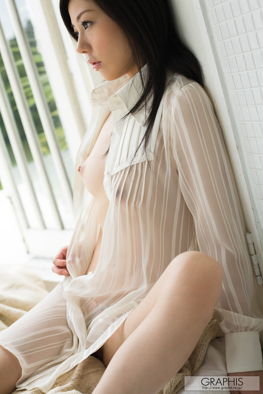 takami-hou-transparent-shirt-asian-naked-graphis-06
