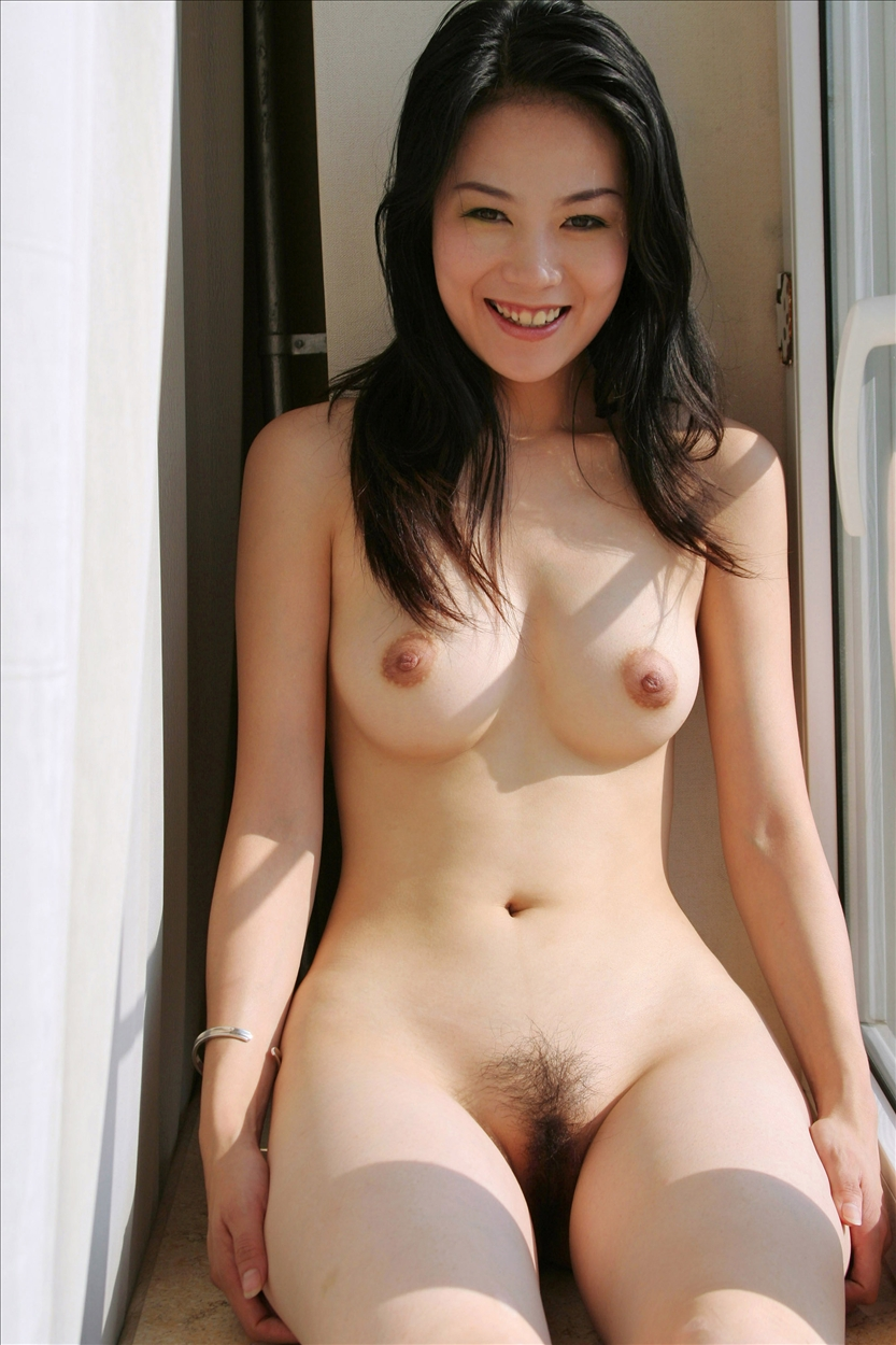 tang-fang-chinese-nude-window-metart-06