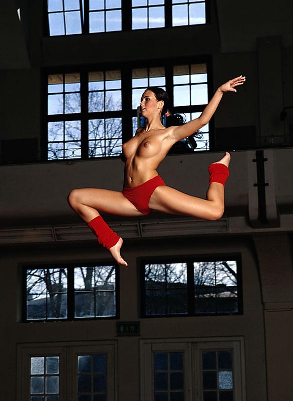 tanja-kewitsch-german-gymnast-playboy-34