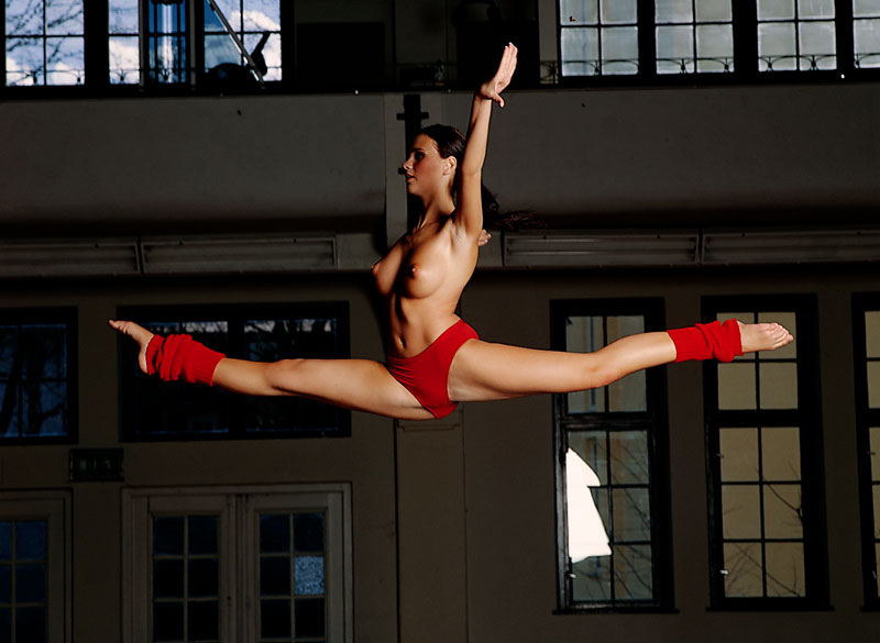 tanja-kewitsch-german-gymnast-playboy-37