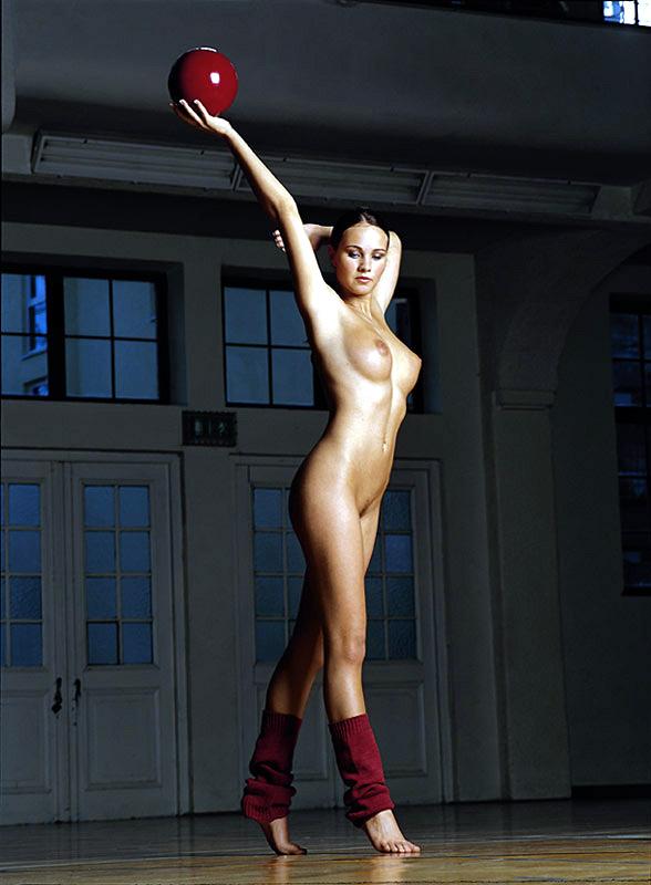 tanja-kewitsch-german-gymnast-playboy-38