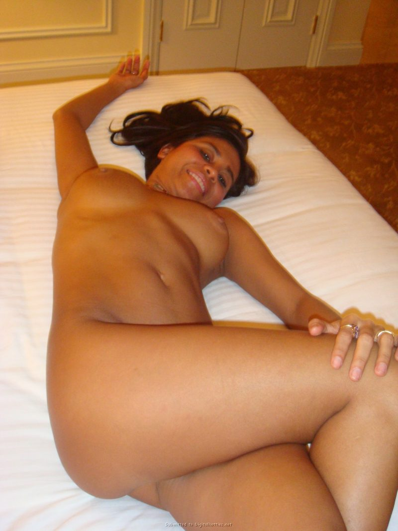tanned-brunette-amateur-in-hotel-room-22