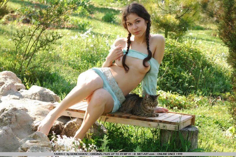 tanya-c-pussycat-young-nude-metart-04