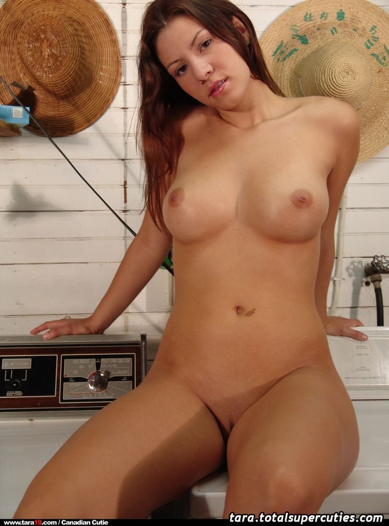 tara19-washing-machine-nude-cellar-21