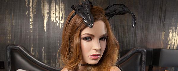 Tawny Swain – Naughty bunny