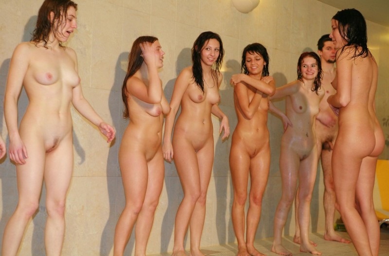 ten-girls-&-one-guy-sauna-44