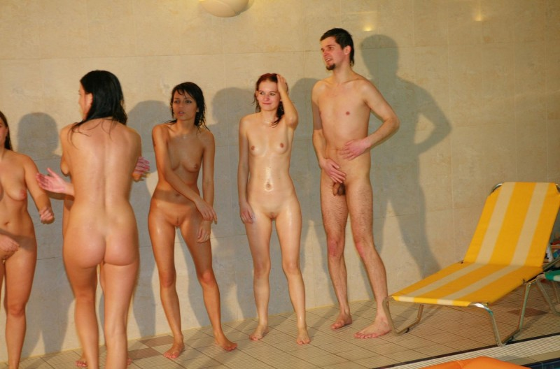 ten-girls-&-one-guy-sauna-45