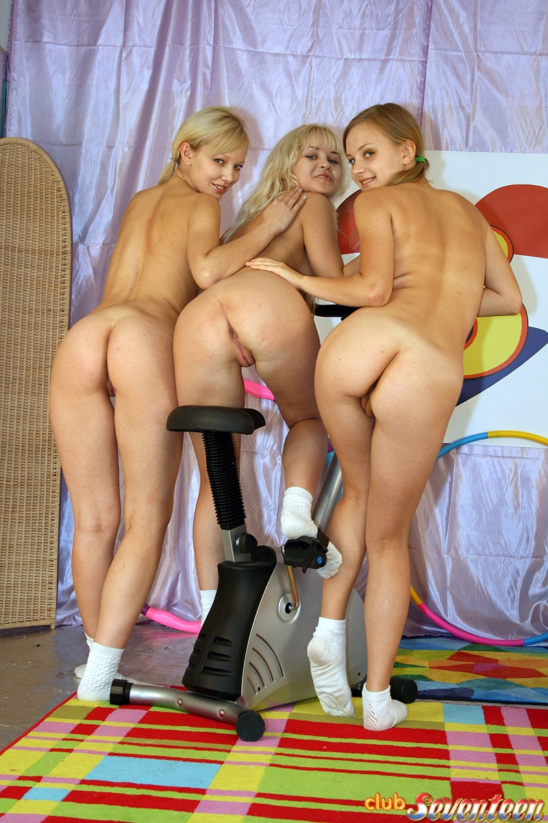 threesome-naked-girls-lesbians-mix-vol2-12