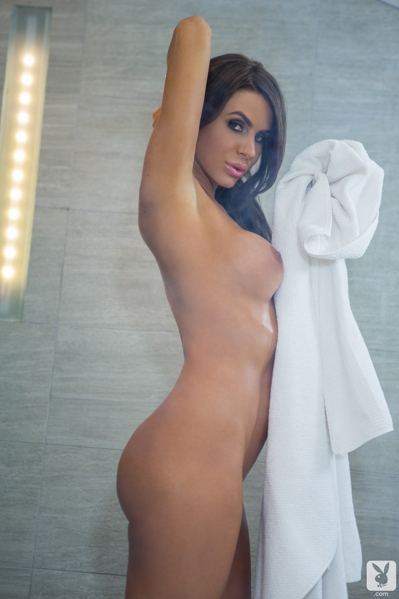tishara-cousino-bathroom-nude-playboy-13