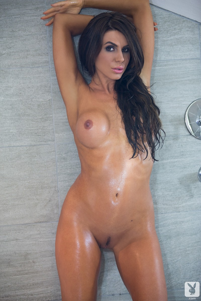 tishara-cousino-bathroom-nude-playboy-22