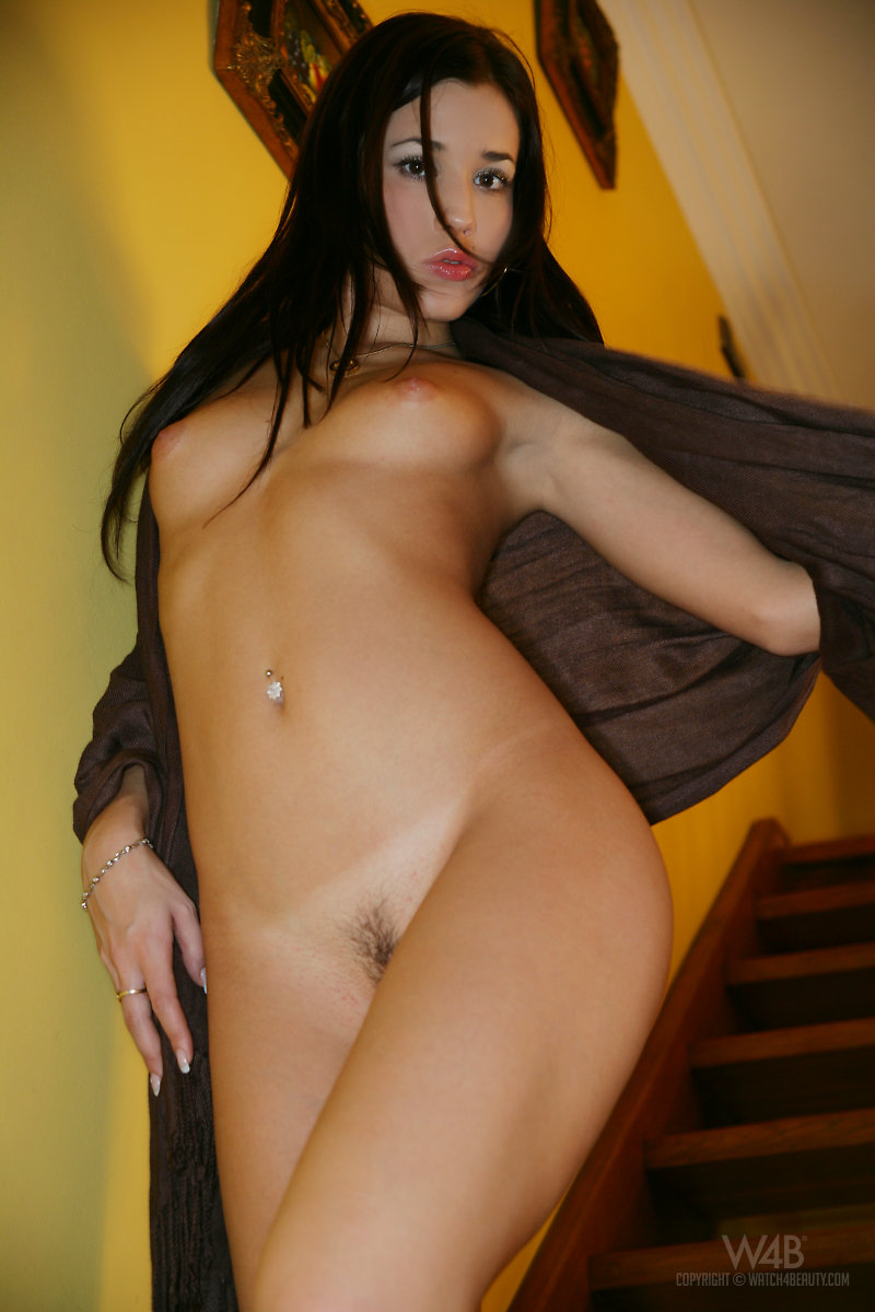 satin-bloom-stairs-watch4beauty-06