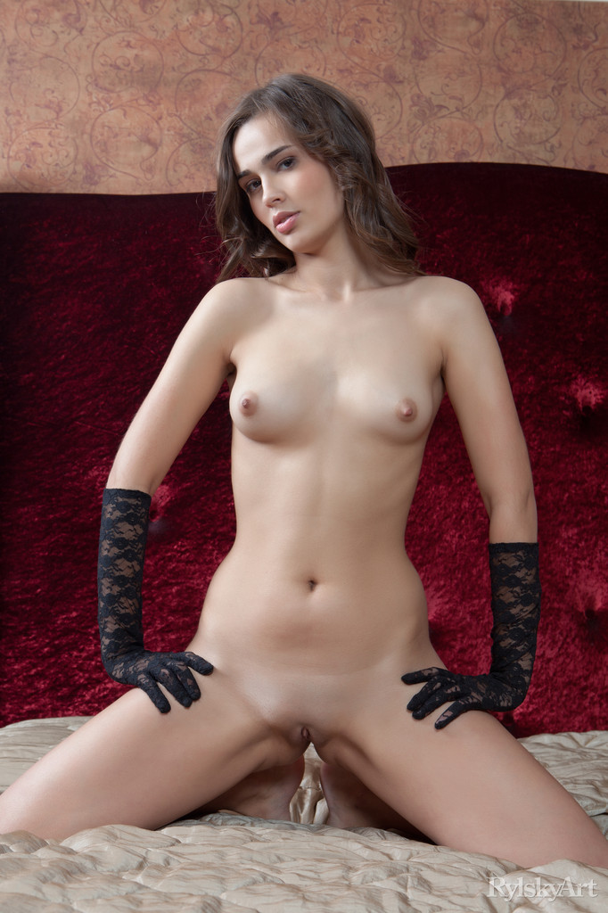 trista-gloves-bedroom-skinny-nude-rylskyart-03