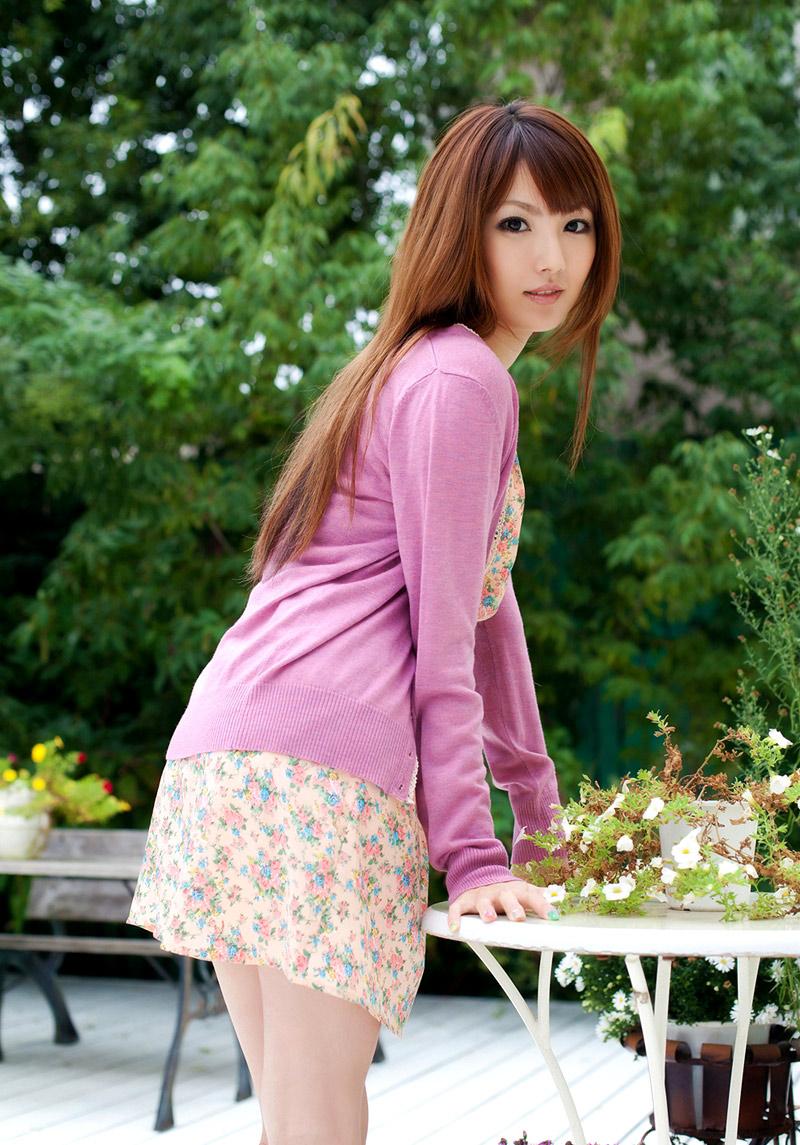 tsubasa-amami-naked-asian-girl-at-home-02
