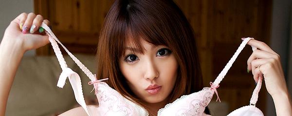 Tsubasa Amami naked at home