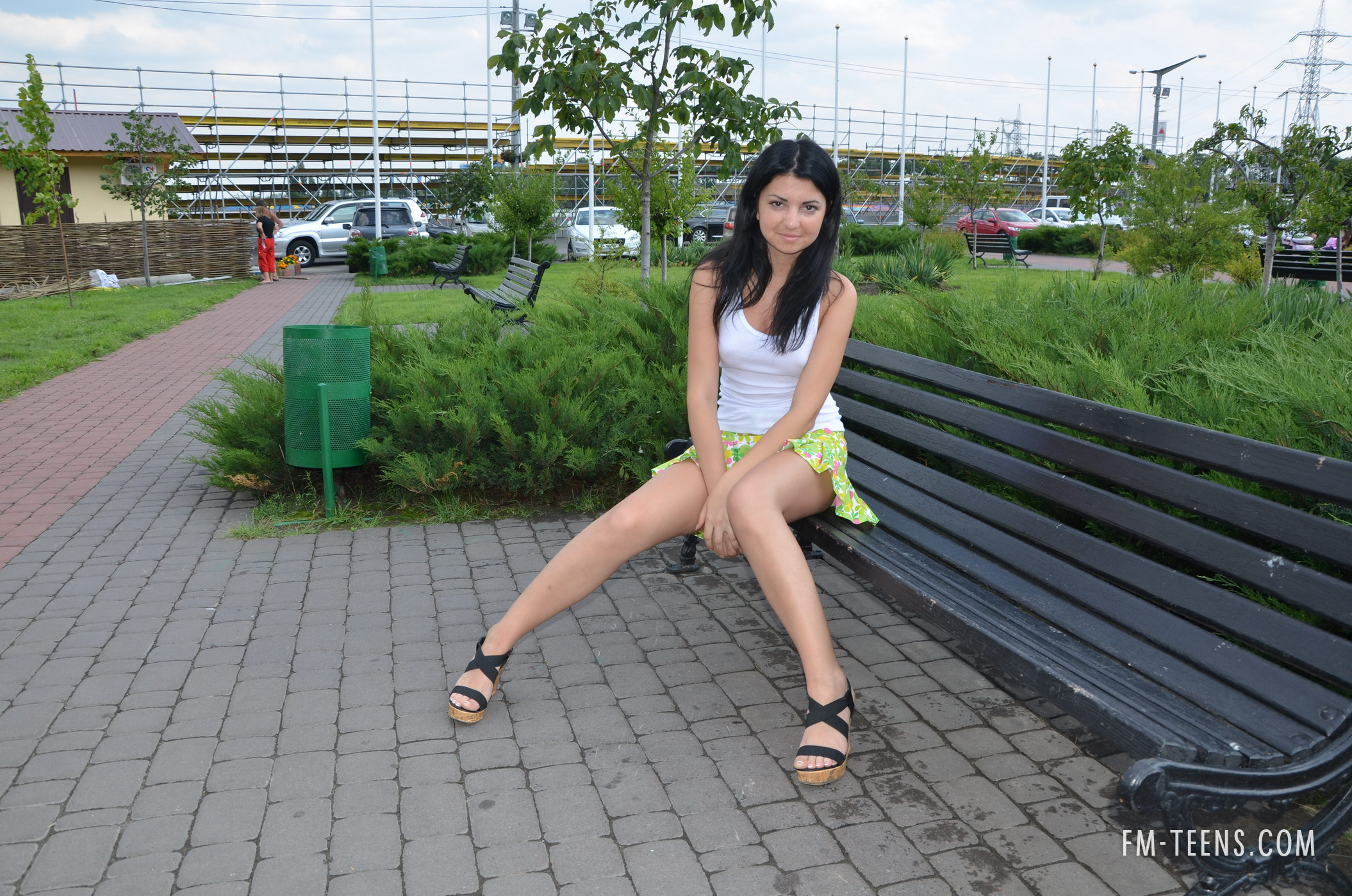 twinkle-young-brunette-nude-public-tits-russia-fm-teens-02